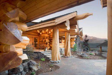 Канадские дома ручной рубки из массива кедра «full-scribe»