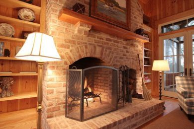 Кладка печей, каминов и барбекю в деревянном доме