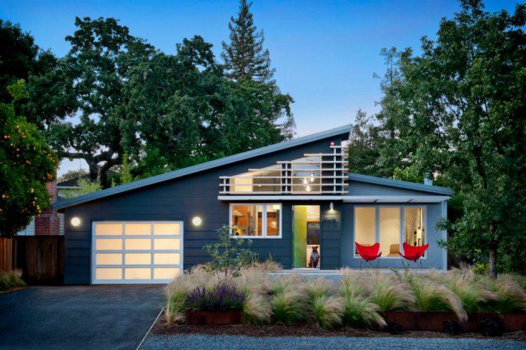 Стильный каркасный дом площадью 130м² для молодой семьи
